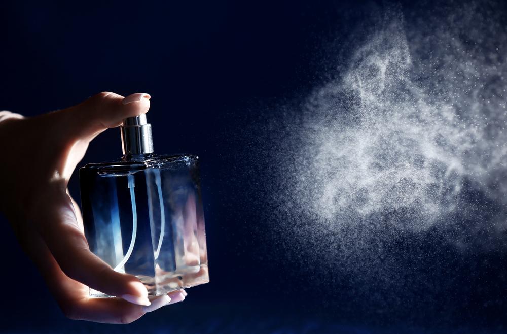 6 Surprising Benefits of Wearing Perfume