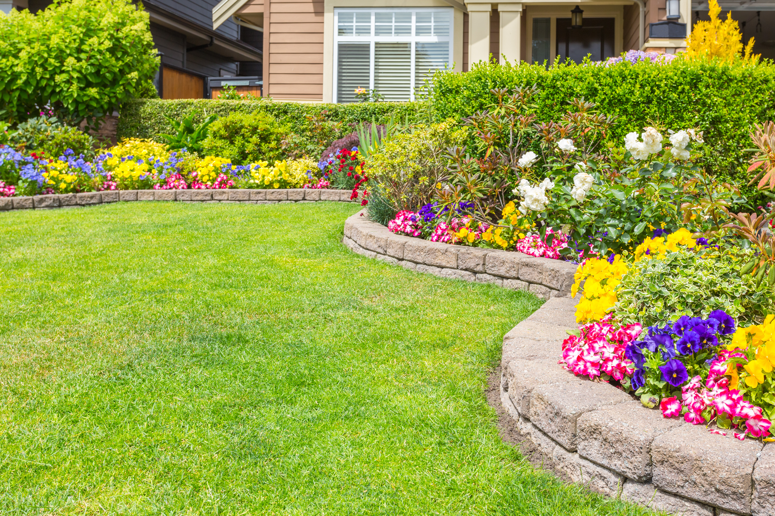 Transform Your Yard By Hiring One Of These Landscaping Companies